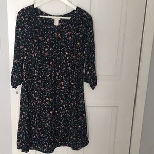 H&M floral navy maternity dress